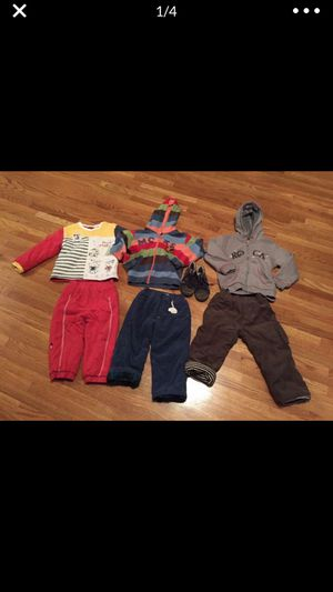 18 months winter clothes and shoes size 6 in great condition 18 months for Sale in Nashville, TN