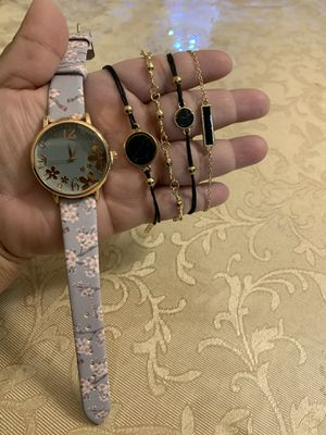 Watch with bracelets set for Sale in Des Moines, WA