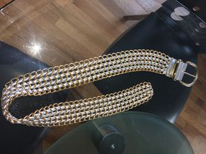 Ladies Woven Leather And Gold Link Chain Fashion Belt Size Medium for Sale in Detroit, MI