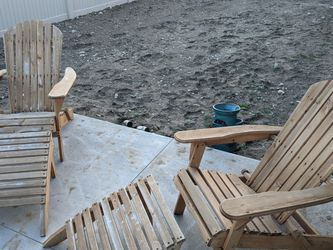 Wood Adirondack Chairs With Foot Rest for Sale in East Wenatchee,  WA