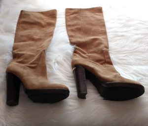 Michael kors knee high boots, SZ. 7M for Sale in Glendale, AZ