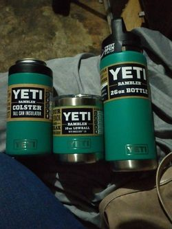 Yeti New Teal Color Set for Sale in Fresno,  CA