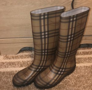 Burberry Rain boots for Sale in Crofton, MD