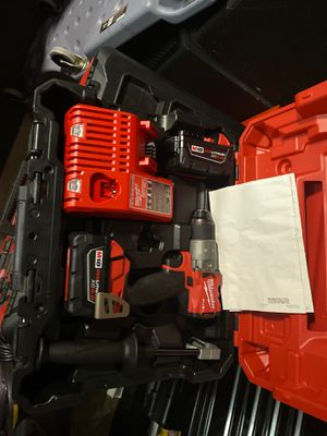 Milwaukee M18 Fuel Brushless Cordless 1/2 in. Hammer Drill Driver Kit for Sale in Fontana, CA