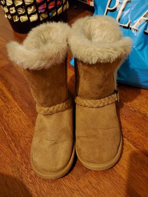 Children Place boots girls. Size 13 for Sale in Arlington, TX