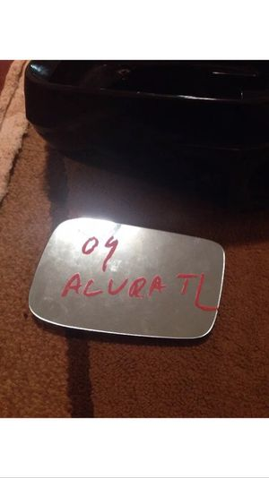 2009 Acura TL, Left Mirror Cover And Glass. for Sale in Waltham, MA