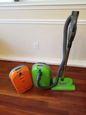 Vacuum cleaner for Sale in Lawrenceville, GA