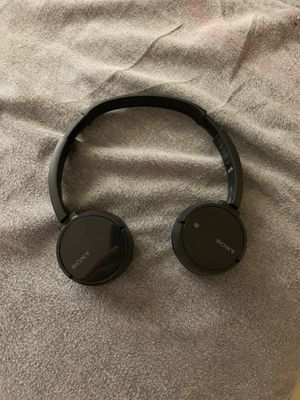 Sony Bluetooth headphones for Sale in San Diego, CA