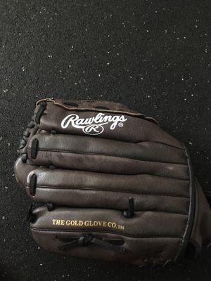 Softball glove Rawlings for Sale in Carlsbad, CA