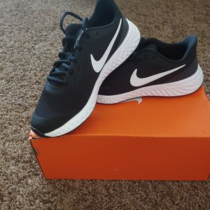 Nike shoes for Sale in Fresno, CA
