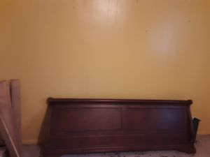 King size sleigh bed frame for Sale in Jackson, MS