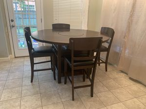 Solid Wood Dining room table for Sale in Garland, TX