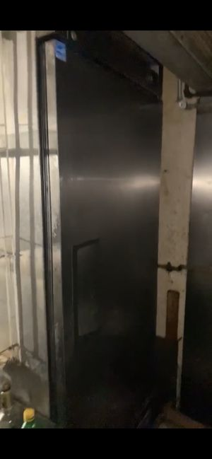 Commercial reach in freezer for Sale in Lafayette Hill, PA