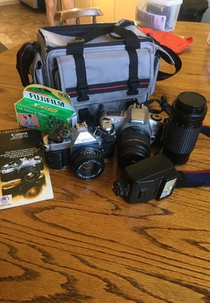 CANON FILM CAMERAS BUNDLE for Sale in Olympia, WA