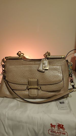 Coach pink pearl leather top zip satchel (Carrie) for Sale in Glen Burnie, MD