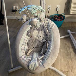Baby Swing for Sale in Turlock, CA