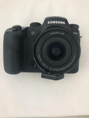 Samsung NX1 Digital Camera with Lens for Sale in Miami Beach, FL