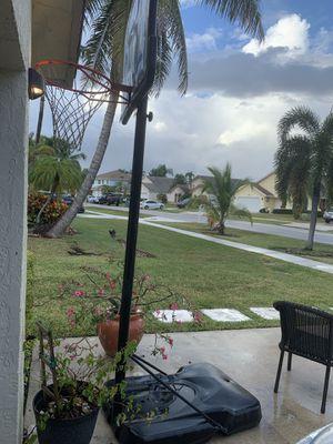 Basketball hoop for Sale in Boca Raton, FL