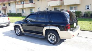 2006 Chevy trail blazer limited SUV beautiful condition clean title fully loaded for Sale in Miami, FL