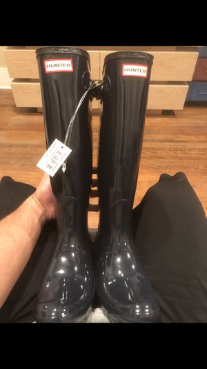Brand new Hunter rain boots size 8 Women for Sale in Los Angeles, CA