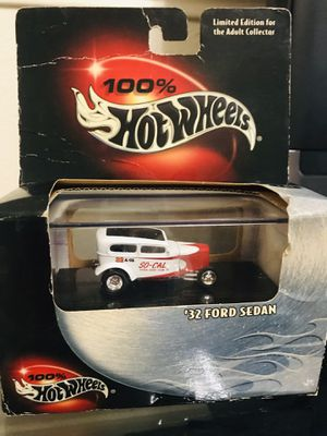 Hot Wheels Multi-piece Collector Quality Car 1:64