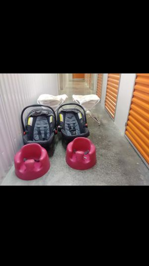 Crib changing table, Bumbo,Car seats, Foldable bassinets for Sale in Coral Springs, FL