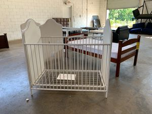 Baby Crib $60 for Sale in Irving, TX