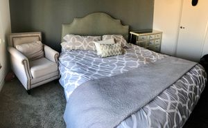 Beautiful!!! Bed, Dresser & Chair for Sale in San Diego, CA