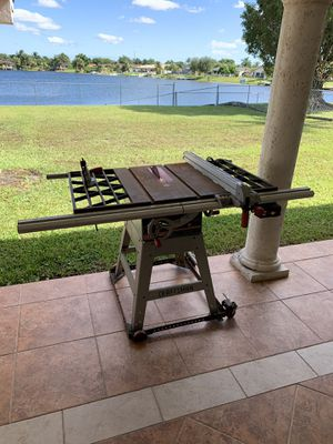 "Craftsman 10"" Table Saw for Sale in Miami, FL"