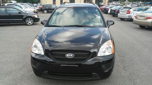 2009 Kia Rondo LX for Sale in Pittsburgh, PA