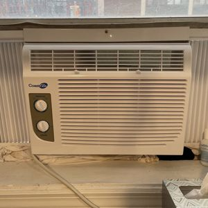 Like New AC Unit for Sale in Jersey City, NJ