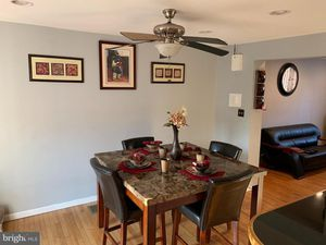 Dinning room set for Sale in Pottstown, PA