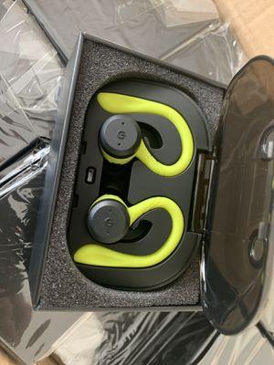 True Wireless 5.0 Earbuds/Headphones 100% Waterproof for Sale in Gulfport, FL