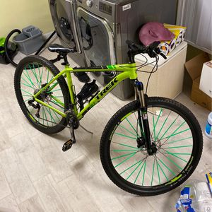 Trek XCaliber 8 For Sale. Really Good Wheelie Bike. A Lot Of After Market Parts. Best One You Will See For The Price. for Sale in Quincy, MA