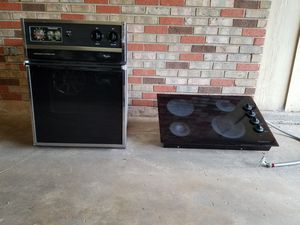 30 inch Glass cooktop & a 24 inch continuous clean oven for Sale in Alexandria, LA