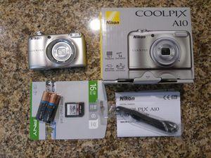 Nikon Coolpix A10 camera, 16MPixels, HD video, 16GB SD, Tripod, Case , New in Box for Sale in Davenport, FL