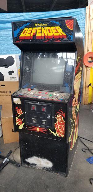 DEFENDER ARCADE GAME for Sale in Detroit, MI