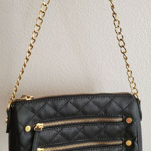 Adrienne Vittadini Handbag Purse Clutch Over The Shoulder Bag for Sale in Desert Hot Springs, CA