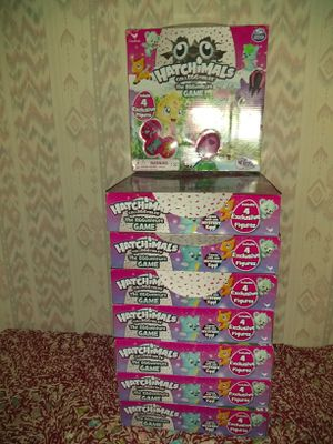 8- HATCHIMALS COLLEGGTIBLES-THE EGGVENTURE BOARD GAME for Sale in Janesville, WI
