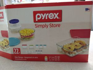 Pyrex 22 Piece Food Storage Container Set for Sale in West McLean, VA
