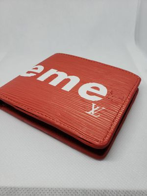Supreme Wallet w/Box for Sale in Dallas, GA