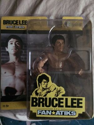 Bruce lee action figure for Sale in Tacoma, WA