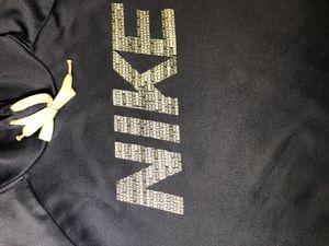 Nike hoodie for Sale in Ontario, CA