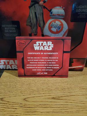 Disney exclusive Rey and BB-8 limited edition figurine for Sale in League City, TX