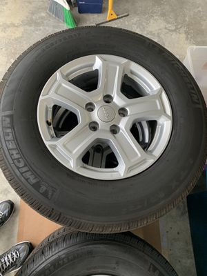 Jeep JL 2020 Take Off Wheels for Sale in Foothill Ranch, CA
