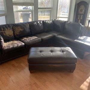 Living Room for Sale in Aurora, CO