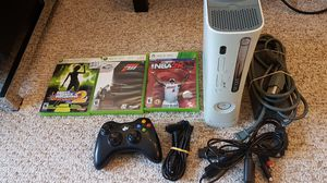 Xbox 360 bundle for Sale in Bedford, MA