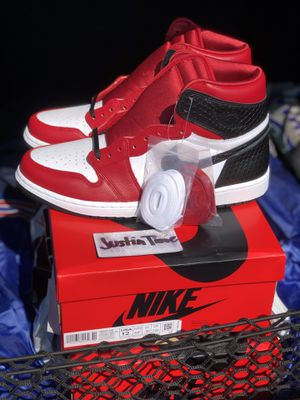 Nike Jordan 1 high Red Satin Snakeskin Limited Edition DS BRAND NEW for Sale in Irving, TX
