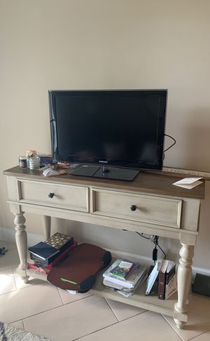 City Furniture Dining Server or TV stand for Sale in Riviera Beach, FL