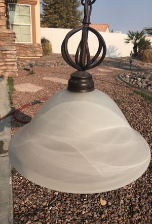 Lamp, kitchen island pendant lights (two) for Sale in Victorville, CA